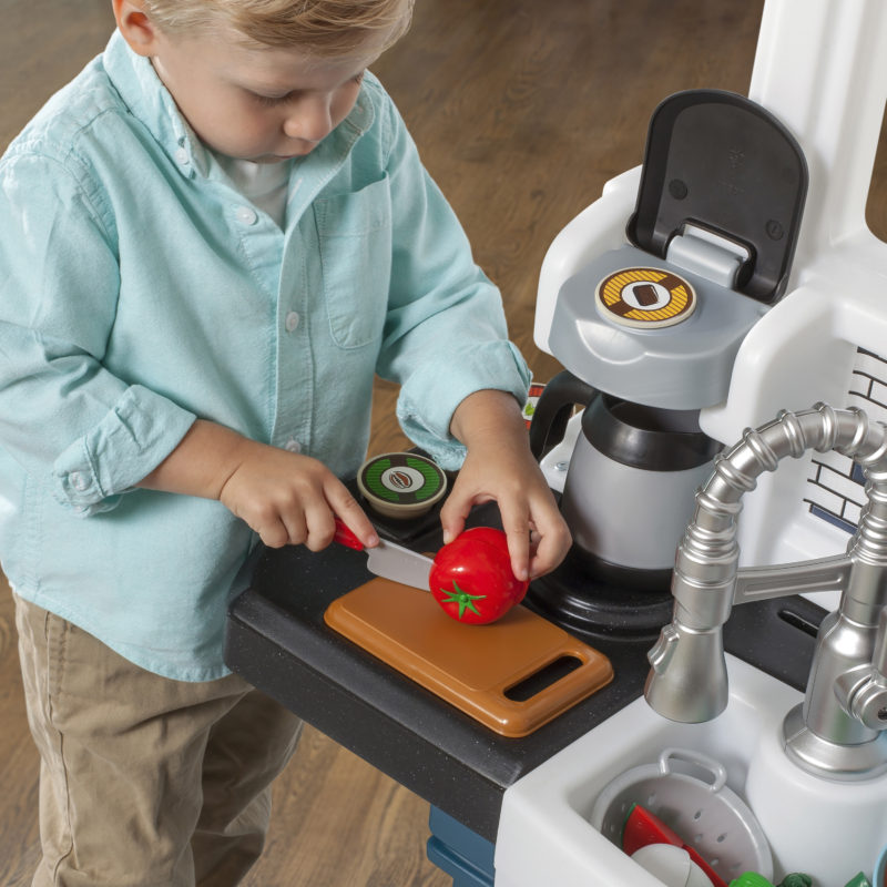 Grand Luxe Kitchen - play kitchen for toddlers