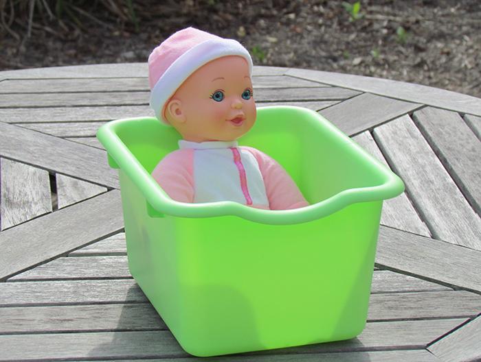 DIY-Doll-Bath
