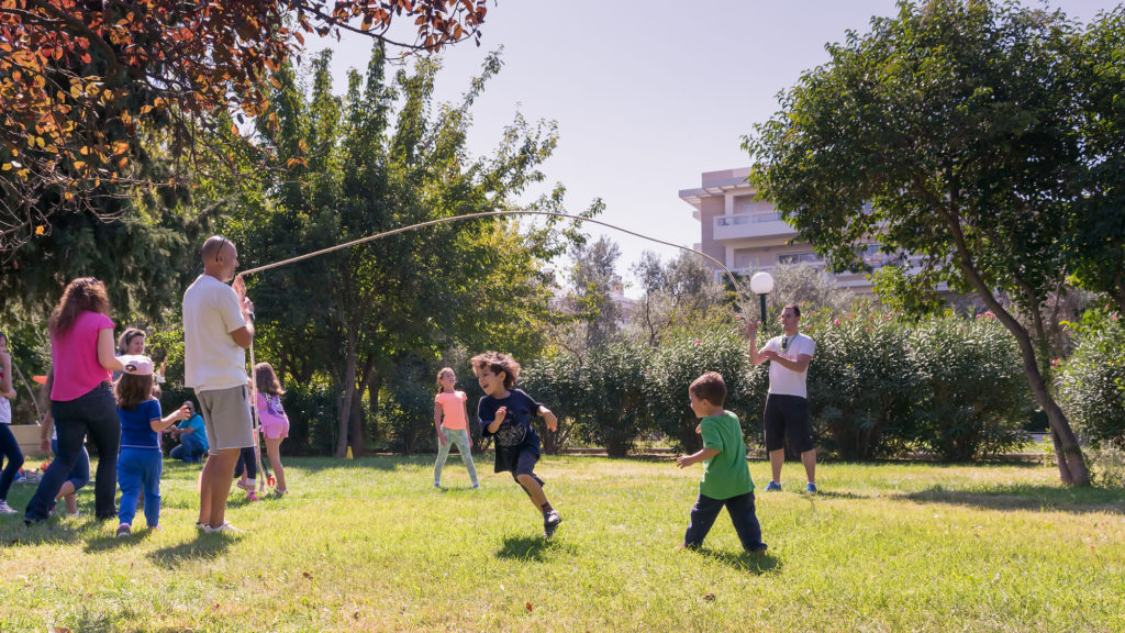 outdoor fitness games for kids double dutch
