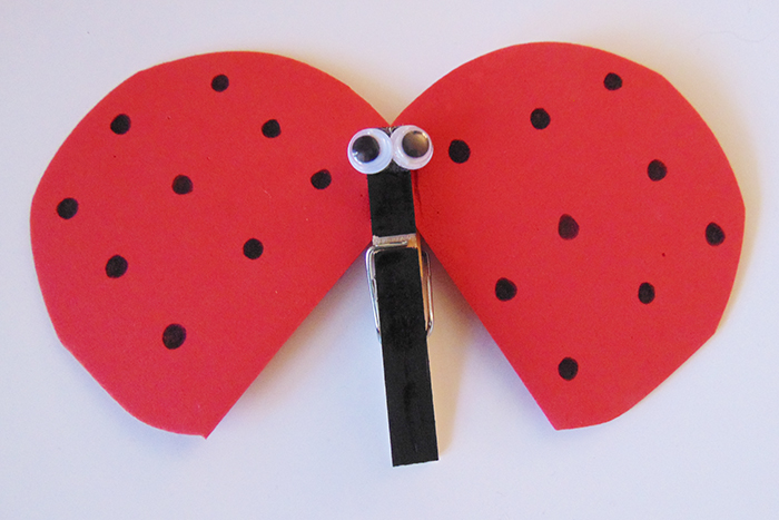 This clothes pin lady bug is super cute and easy to make!