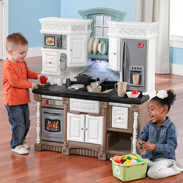 Learn about the benefits of play kitchens!