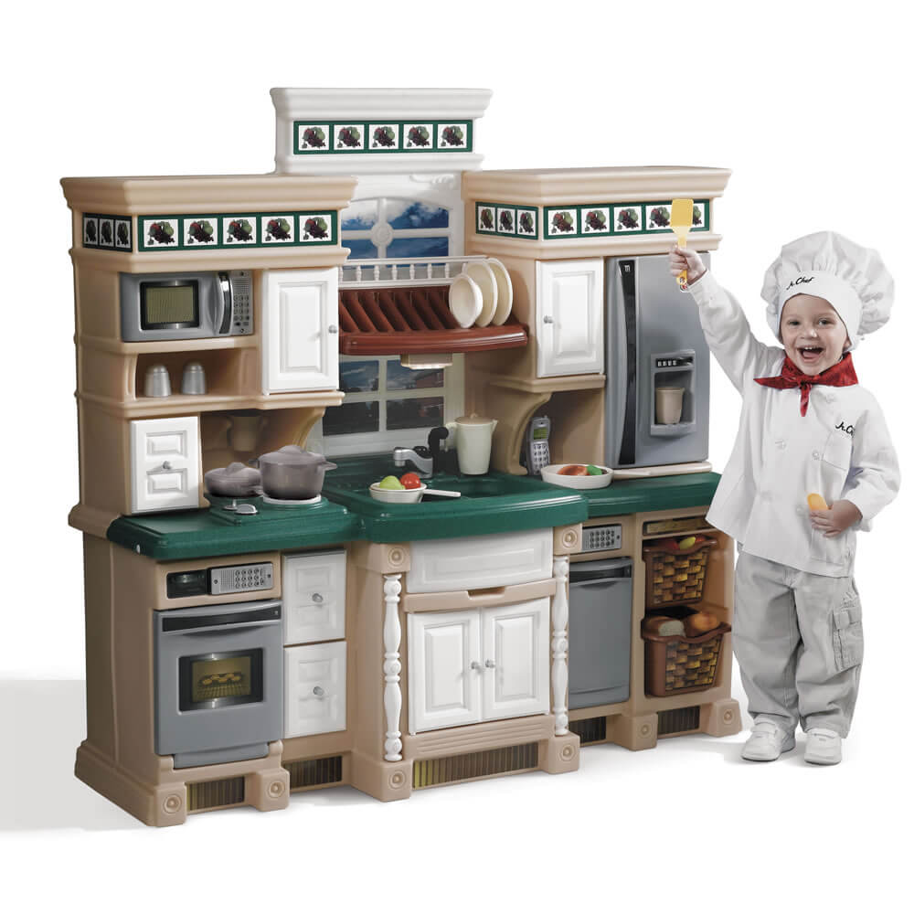 family activity kid with play kitchen