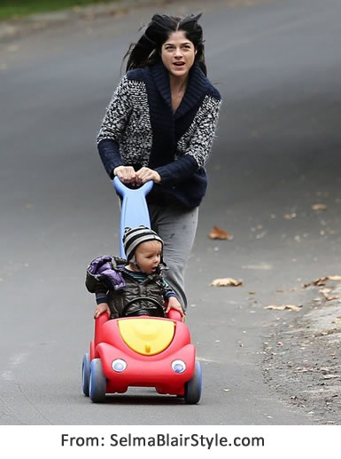 selma blair push around buggy