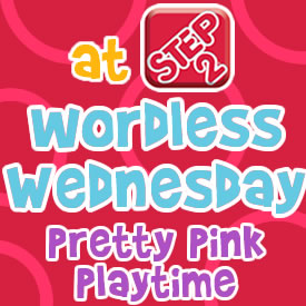 wordlesswednesdayprettypinkplaytime